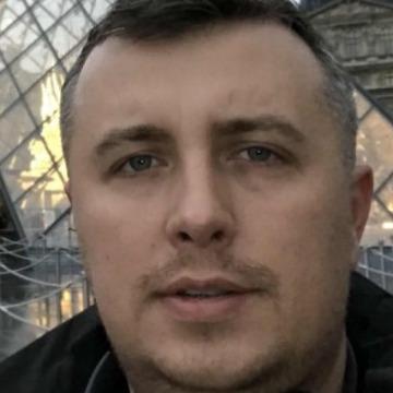 Sami, 43, Dubai, United Arab Emirates