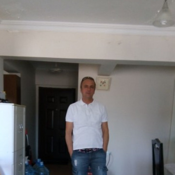 Kubilay Oral, 51, Istanbul, Turkey