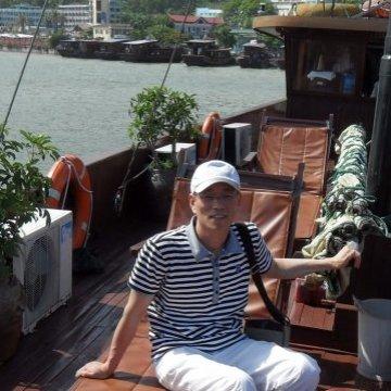 yungon hwang, 43, Ulsan, South Korea