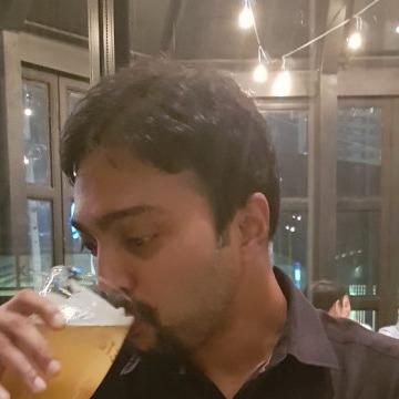 Sri, 35, Bangkok, Thailand