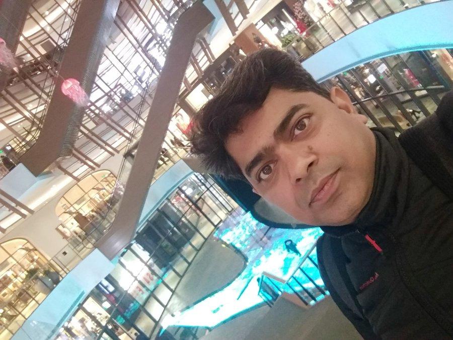 SUDESH GUPTA, 37, New Delhi, India