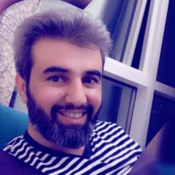 Saleh, 39, Dubai, United Arab Emirates