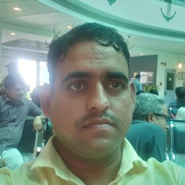Deep, 33, Abu Dhabi, United Arab Emirates