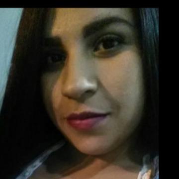 Alejandra, 27, Cali, Colombia