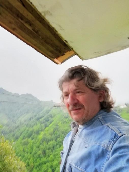 İhsan, 49, Rize, Turkey