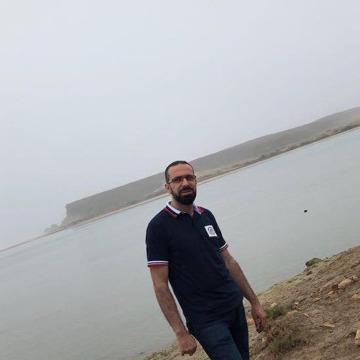 Mohamad Noor Salam, 33, Al Ain, United Arab Emirates