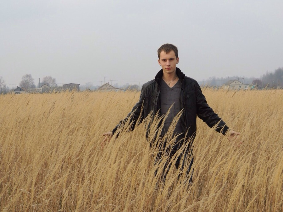 Anton, 23, Smolensk, Russian Federation