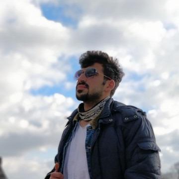 Gıyas, 24, Istanbul, Turkey