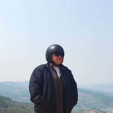 Dong Linh, 24, Ho Chi Minh City, Vietnam