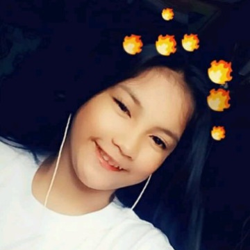 Mary Stefany Lazaga, 21, Cavite, Philippines