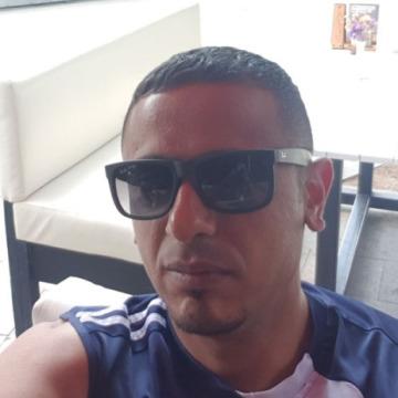 Adam, 29, Dubai, United Arab Emirates