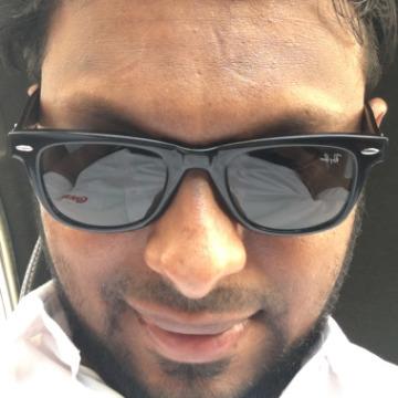 Riz, 32, Sharjah, United Arab Emirates