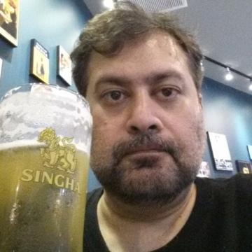 Zakariya, 44, Dubai, United Arab Emirates