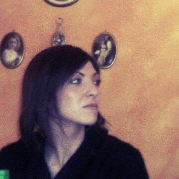 Donatella, 34, Reggio Emilia, Italy