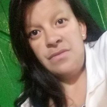 Leidy Diaz, 30, Puerto Colombia, Colombia