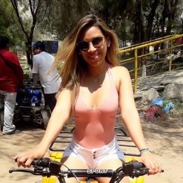 July Grandez, 26, Miraflores, Peru