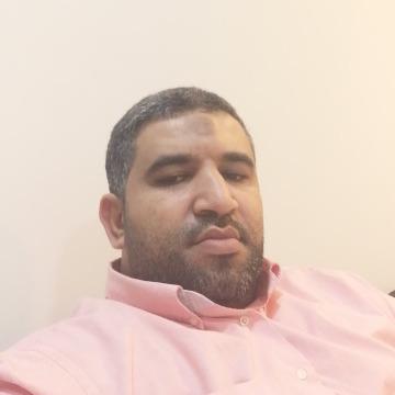 Hussain Alherz, 38, Beyrouth, Lebanon