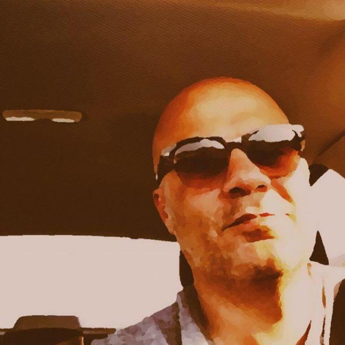Emre Kebenc, 42, Izmir, Turkey