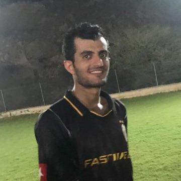Ayman, 31, Muscat, Oman