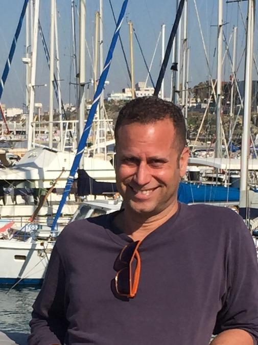 Guy, 46, Tel Aviv, Israel
