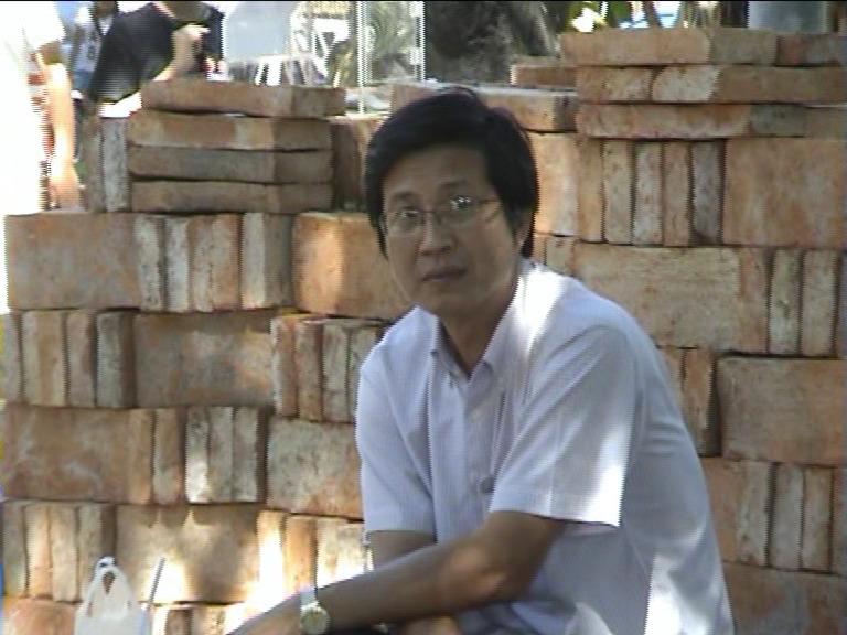 apichat, 56, Bangkok Yai, Thailand