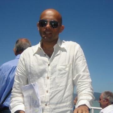 Mauro, 40, Rome, Italy