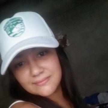 Stefani, 28, Cali, Colombia