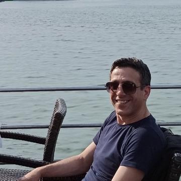 Hakan, 41, Istanbul, Turkey