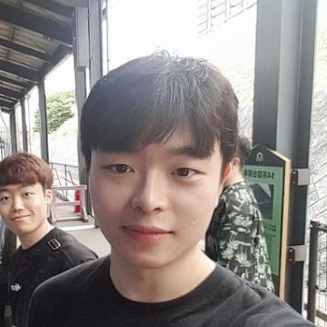 이상화, 24, Seoul, South Korea