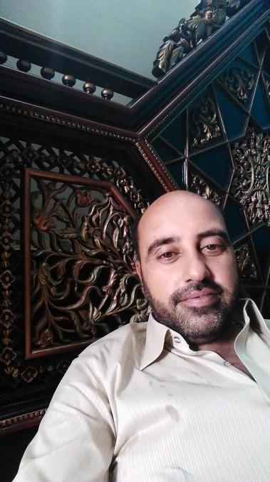 Faisal Gulzar, 40, Faisalabad, Pakistan