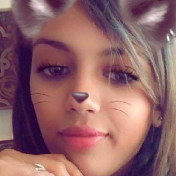 Oumaima, 23, Morocco, United States