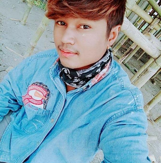 Min Soethu, 18, Mae Sai, Thailand