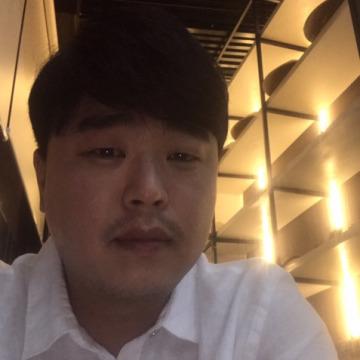 정기철, 31, Seoul, South Korea