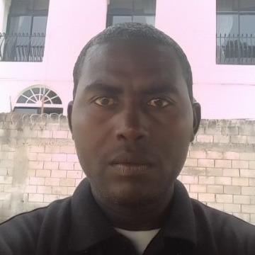 Chuck Dillon, 39, Jamaica, United States