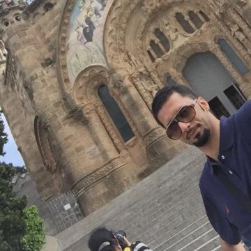 Hassan, 36, Al Hofuf, Saudi Arabia