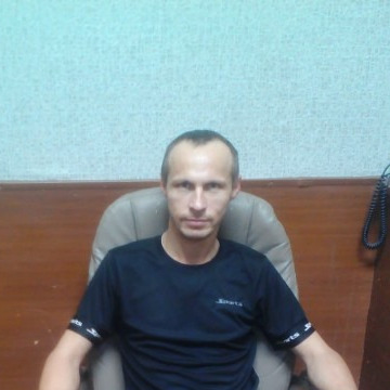 Юрий, 34, Novomoskovsk, Russian Federation