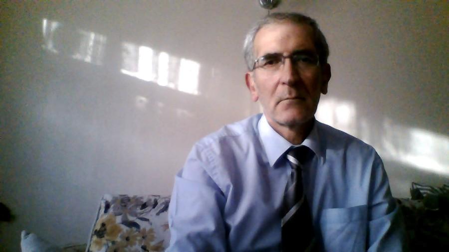 Nihat Şen, 56, Istanbul, Turkey
