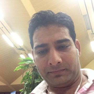 Ahmad, 35, Dubai, United Arab Emirates