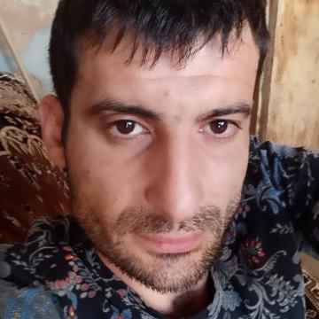 Nver Karapetyan, 33, Gukovo, Russian Federation
