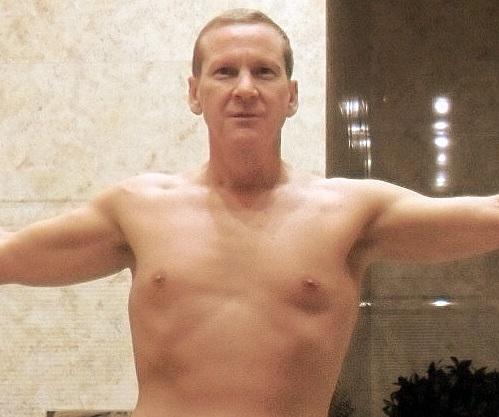 Aaron, 41, Doha, Qatar