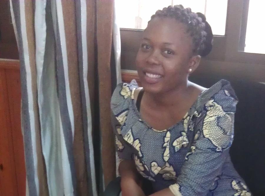 Anna, 30, Dar es Salaam, Tanzania