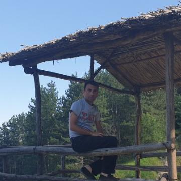 Tigran Davtyan, 37, Yerevan, Armenia
