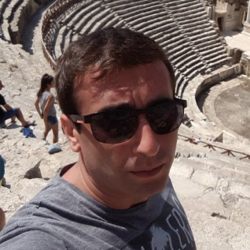 giorgi, 33, Tbilisi, Georgia