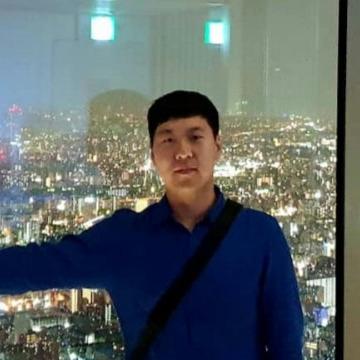 Eunki Lee, 31, Seoul, South Korea